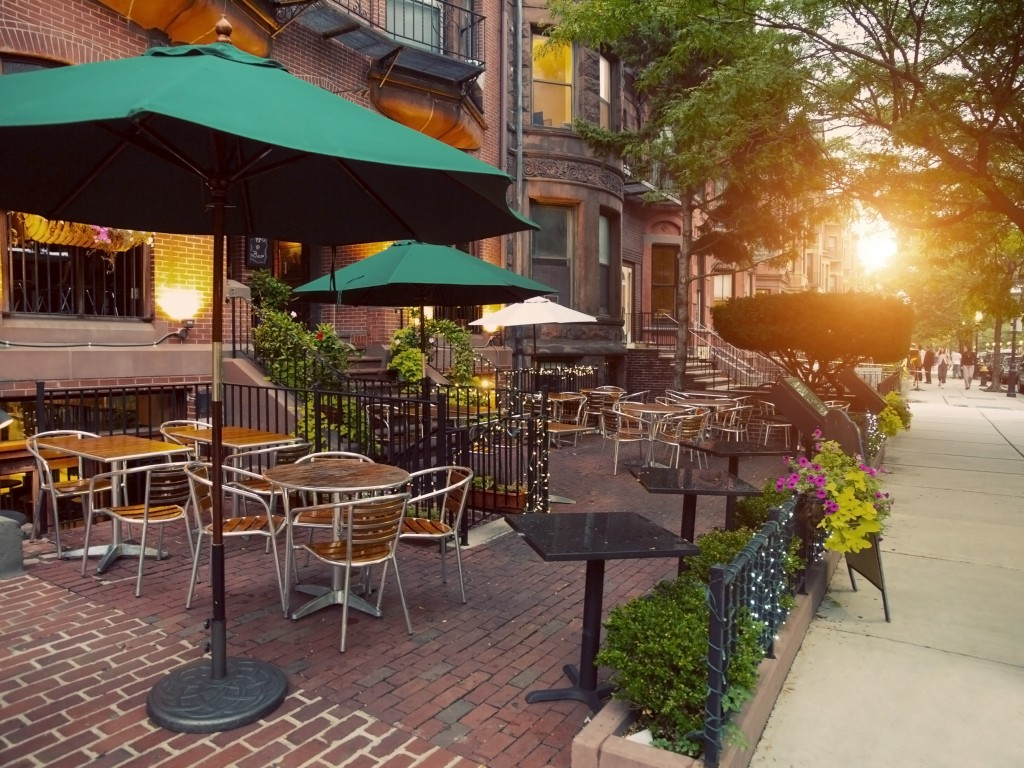 Scenic Cafe Terraces in Newbury Street, Boston, USA