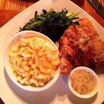 Fried_Chicken_w_2F_Gouda_Mac_n_Cheese___11th_and_Bay_Southern_Table___Columbus_2C_Georgia_57_640.jpg