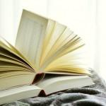 books_2546044_640_640.jpg